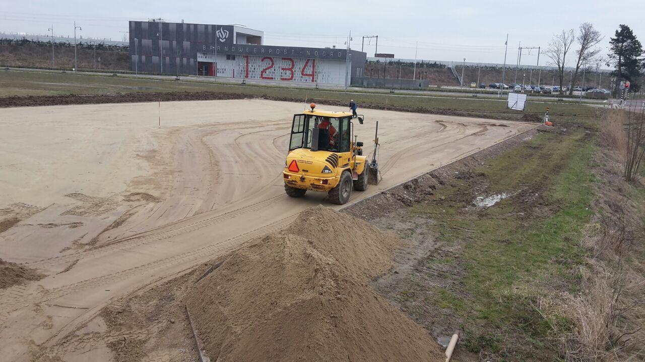 Parkeerplekken en Sportveld aanleg bij Citadel College Lent